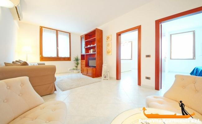 Appartamento a venezia cannaregio con 2 camere da letto for Appartamenti con due camere matrimoniali