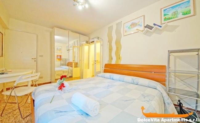 Monolocale a venezia economico per vacanze appartamenti for Monolocale a venezia