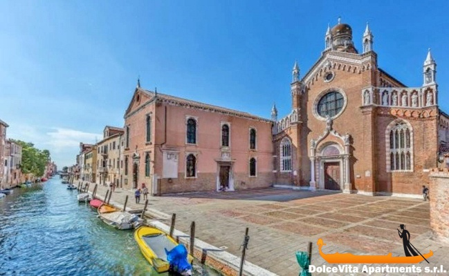 Appartamento a Venezia con Giardino con 2 Camere da Letto ...