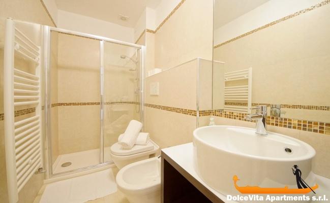Appartamenti moderni immagini home design e interior for Appartamenti moderni immagini