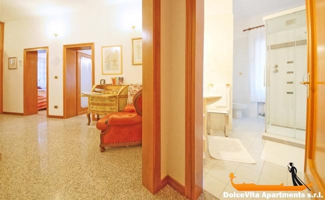 Appartamento economico venezia 8 persone appartamenti a for Appartamento amsterdam 8 persone