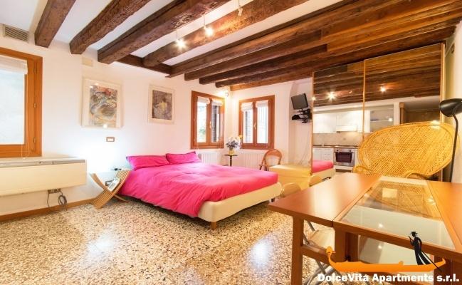 Monolocale a venezia per vacanze appartamenti a for Monolocale a venezia