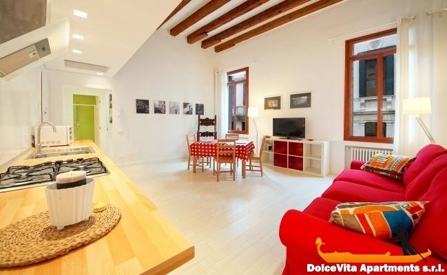appartamenti a venezia per 10 persone vista canale
