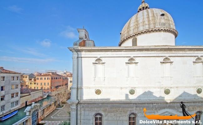 Appartamento economico venezia castello appartamenti a for Soggiorno a venezia economico