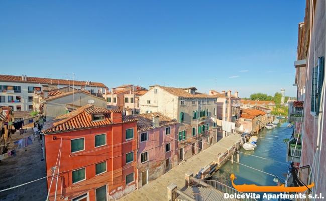 Appartamento venezia con terrazza vista canale for Terrazza panoramica venezia