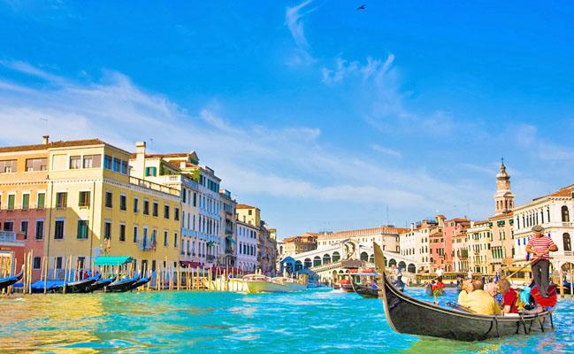 Romantico monolocale a venezia per vacanze appartamenti for Immagini di appartamenti ristrutturati